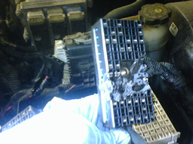 envoy4 underhood fuse block meltdown, fire near miss chevy trailblazer trailblazer fuse box melted at n-0.co